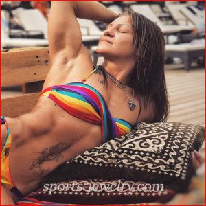 Bodybuilding necklace photo
