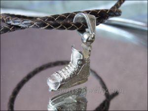 Hockey skate pendant