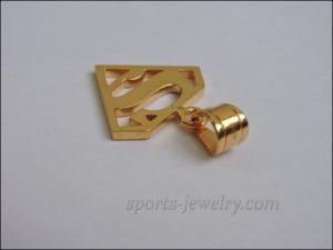 Superman pendant gold necklace