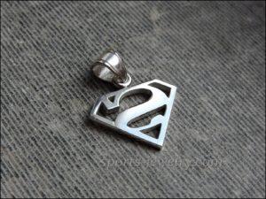 Superman pendant silver