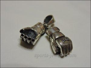 UFC Fighting gloves pendant