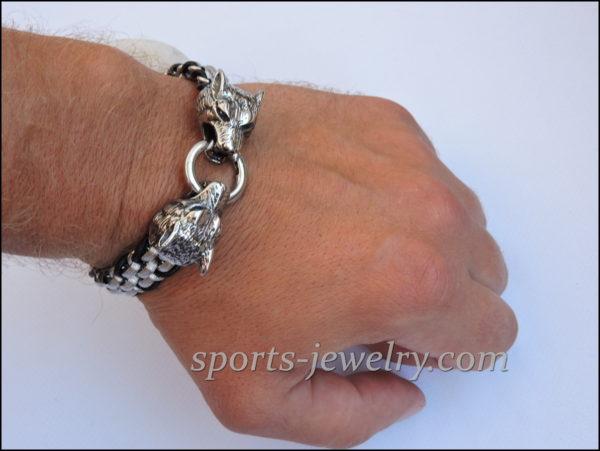 Photo Wolf bracelet