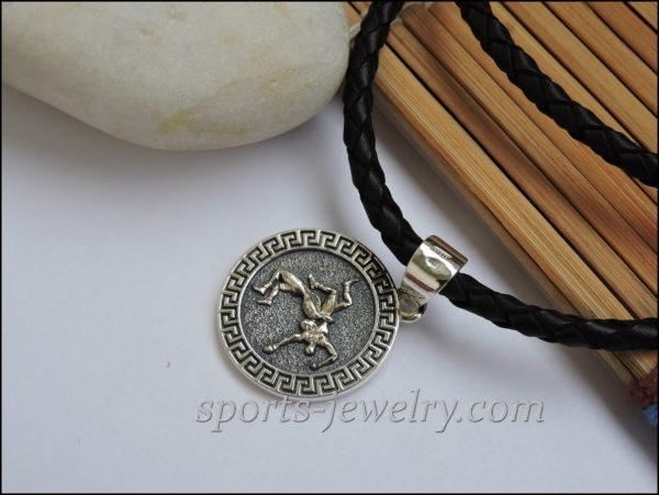 Gift wrestler ideas necklace