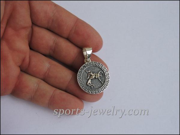 Gift wrestler necklace