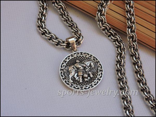 Photo Bogatyr pendant