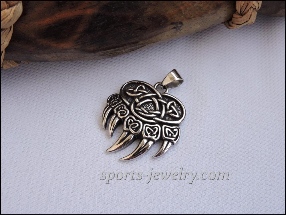Bear paw pendant