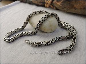 Byzantine necklace chain