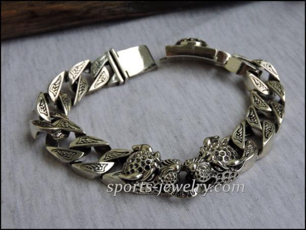 Leopard bracelet