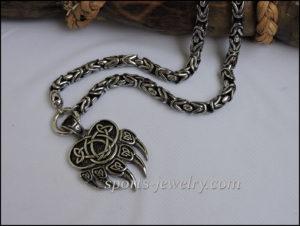 Bear paw necklace 01
