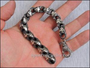 Stainless steel cross bracelet 01
